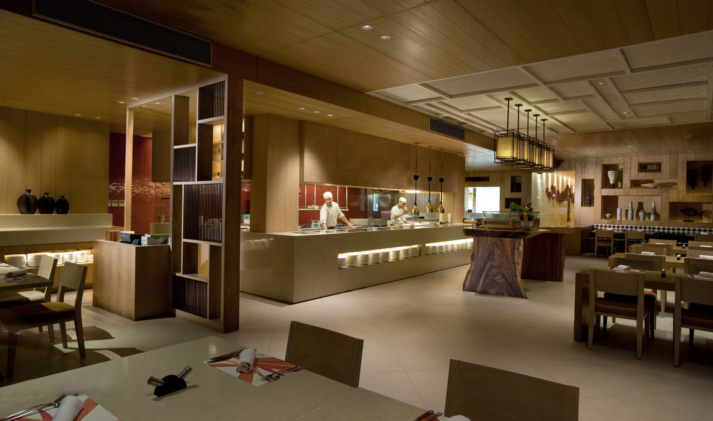 Indoor Restourant   Holiday Inn Resort Baruna Bali