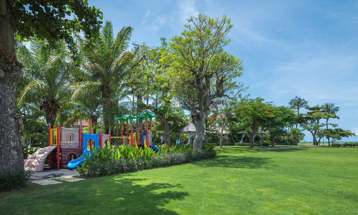 Outdoor Kids Area | Holiday Inn Resort Baruna Bali